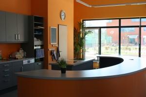 Küche (57 m²) mit Cafébereich