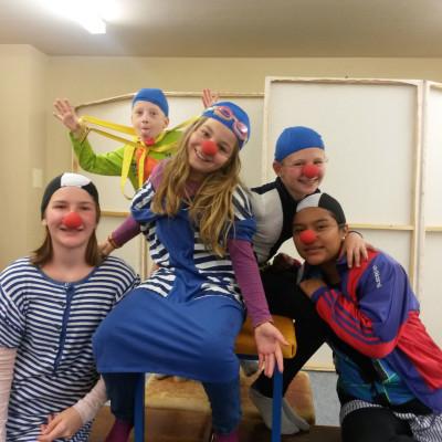 clowns-klein